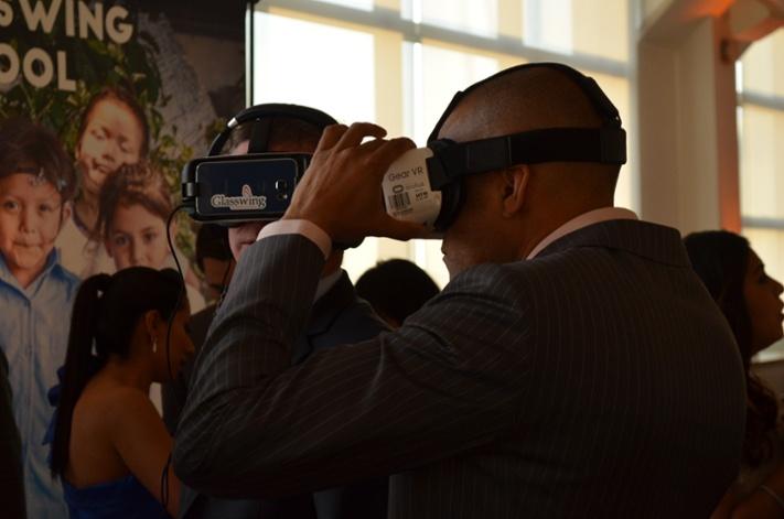 Glasswing International celebra gala anual de recaudación de fondos con Samsung Gear VR