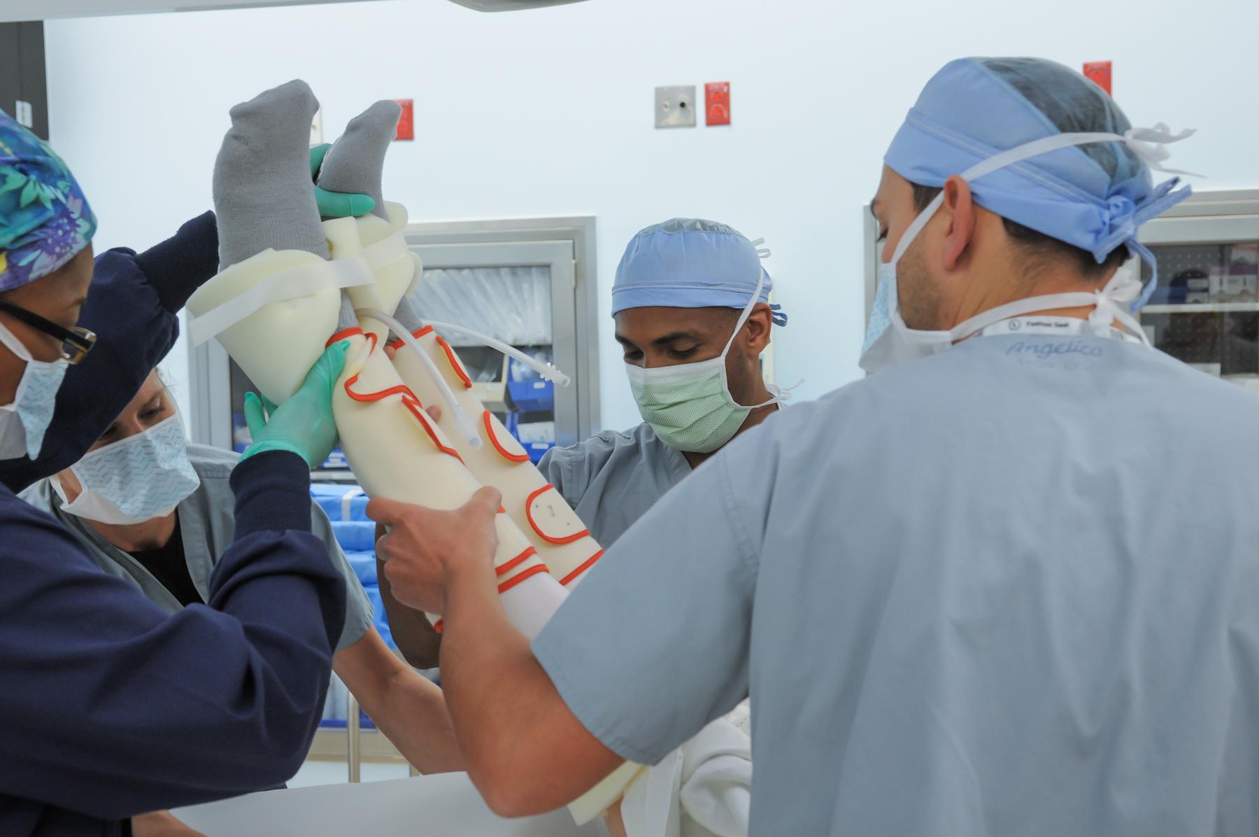 Innovadora cirugía de reemplazo de cadera, mínimamente invasiva, con menos tiempo de inactividad