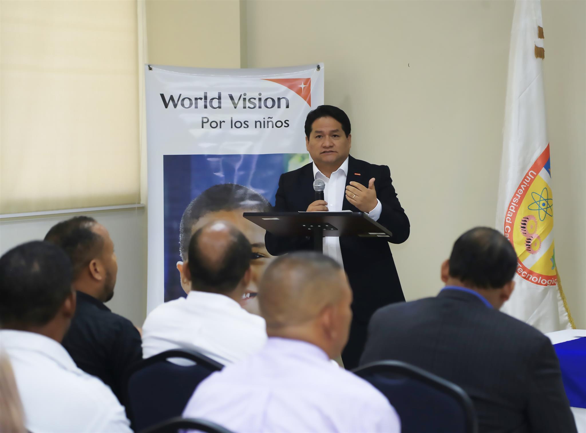 Certifican a 46 personas en Diplomado sobre Derechos de la Niñez e Incidencia Política