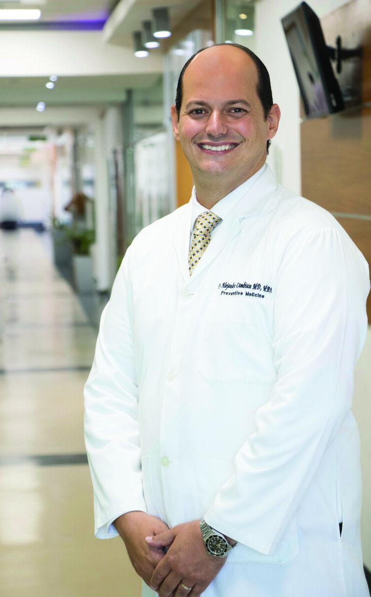 El Dr. Alejandro Cambiaso Presidente Asociación Dominicana de Turismo de Salud