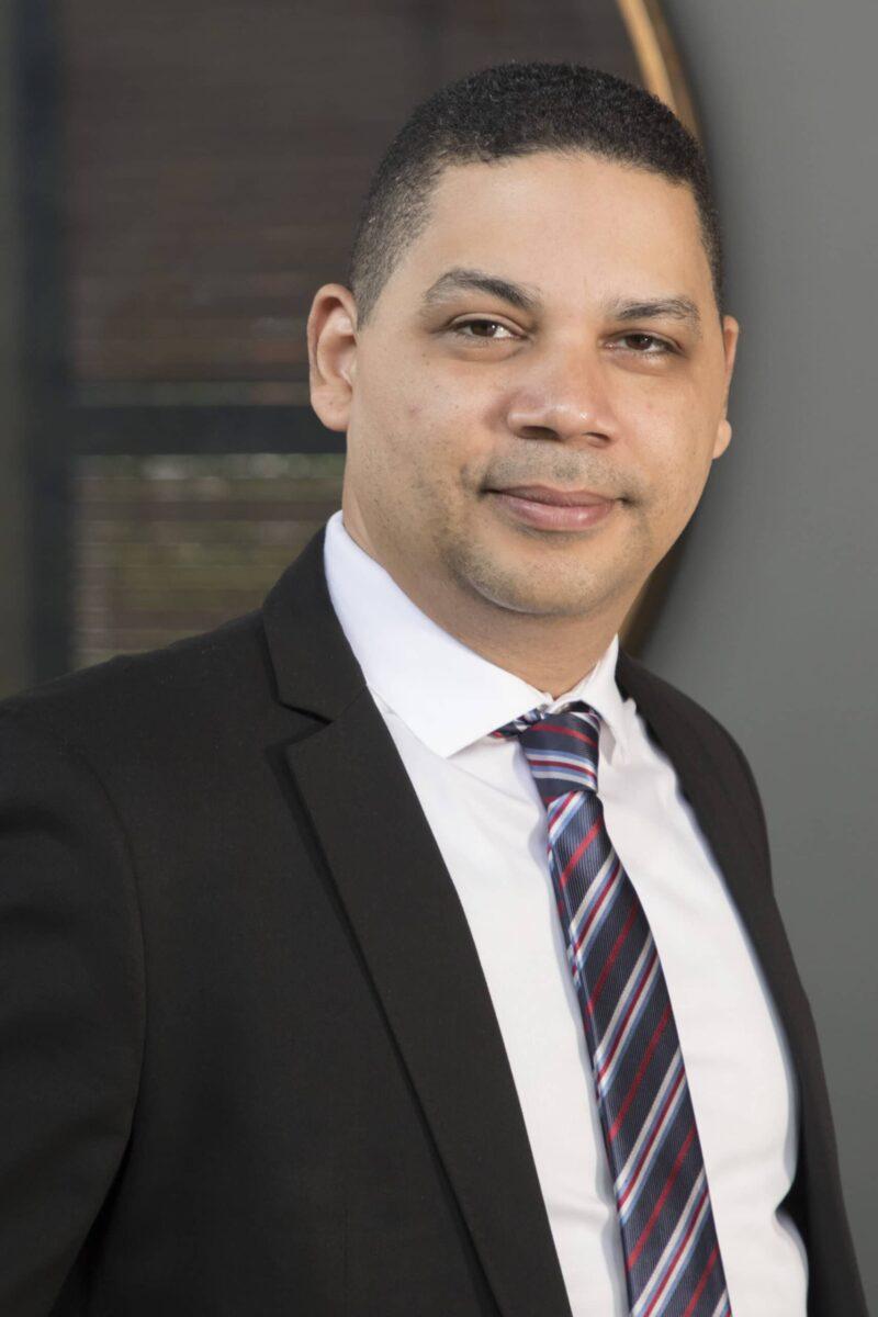 Alex Nivar, gerente de Operaciones de Ventas, Vertiv México y NSA (Norte de Sudamérica)